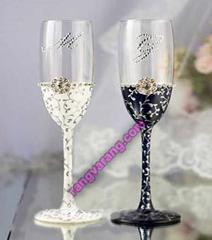 تزیین جام عسل و نوشیدنی عروس و داماد