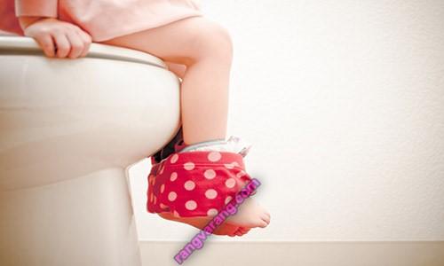 علایم آمادگی کودک برای از پوشک گرفتن