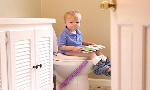 نشانه های آمادگی کودک برای از پوشک گرفتن