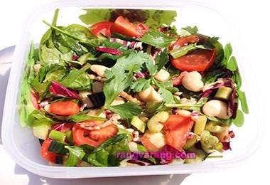 حفظ سلامتی در سفر با تهیه غذا در منزل