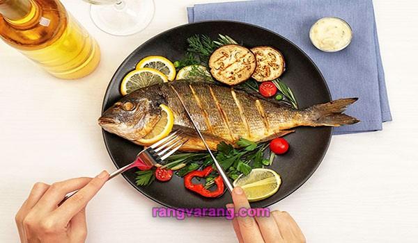 آب کردن شکم با خوردن ماهی