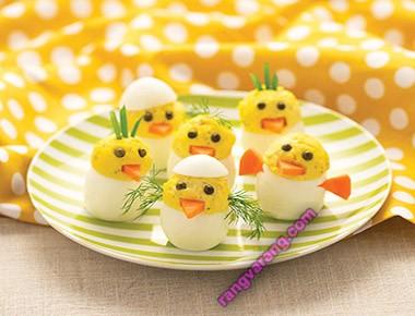 مدل تزیین تخم مرغ آب پز برای صبحانه کودک