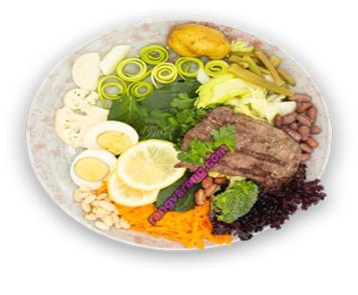 سالاد رژیمی گوشت و سبزیجات