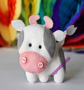 مدل گاو با نمد